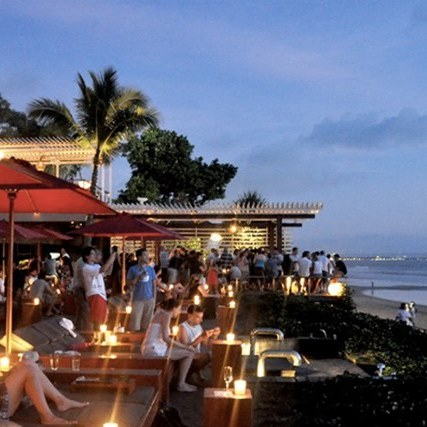 The Best Surf Bars in Bali